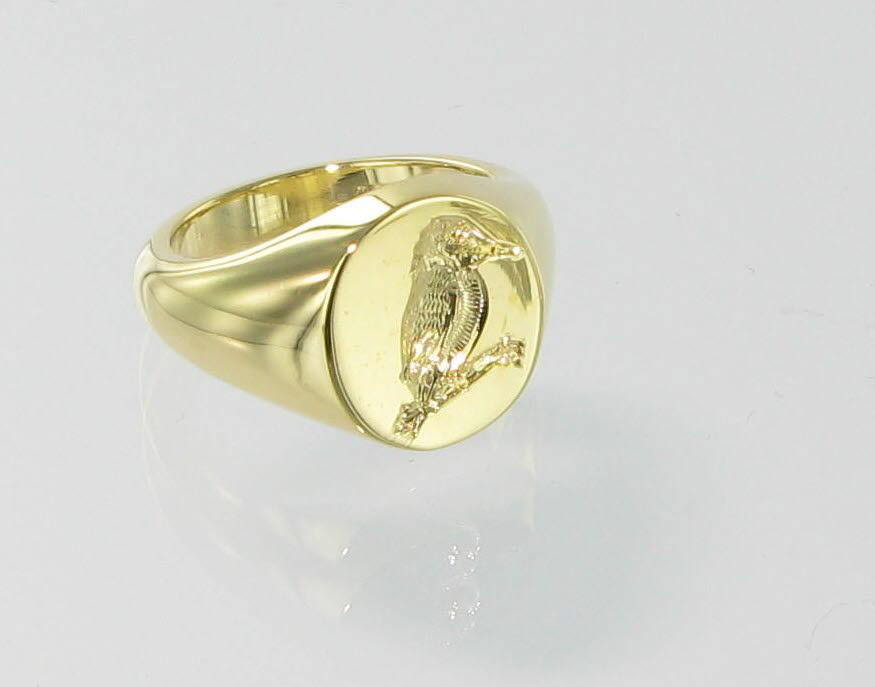 Family crest signet ring by Signets and Cyphers