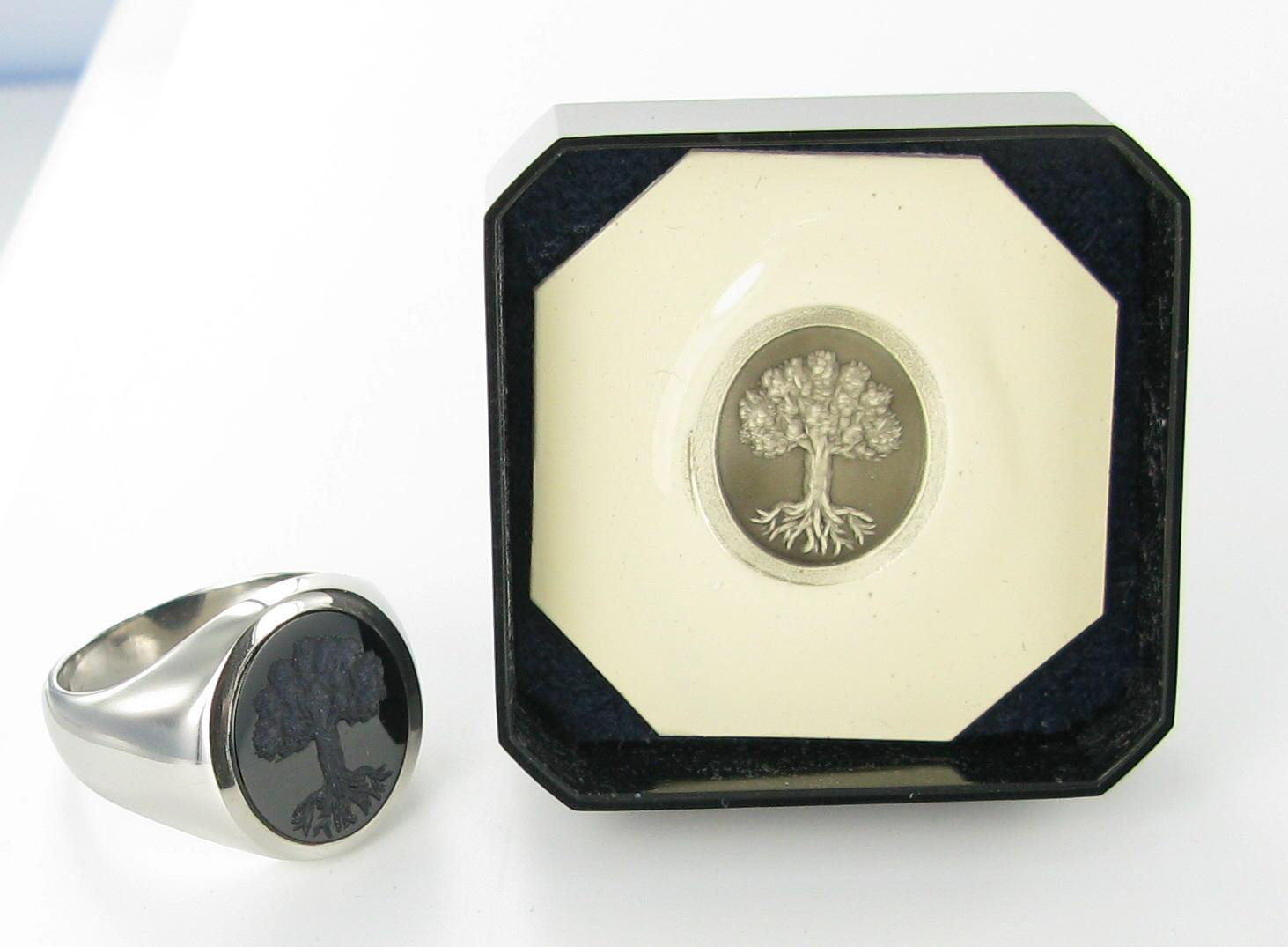 Signets and Cyphers Black Onyx seal engraved signet ring